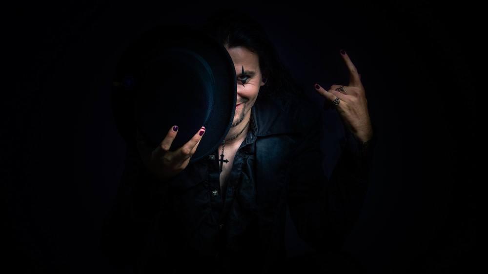 DREAMSLAVE : Rencontre avec Peter Gothilainen