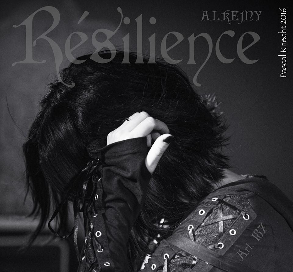 REVUE DE PAQUETAGE : ALKEMY - L'Album