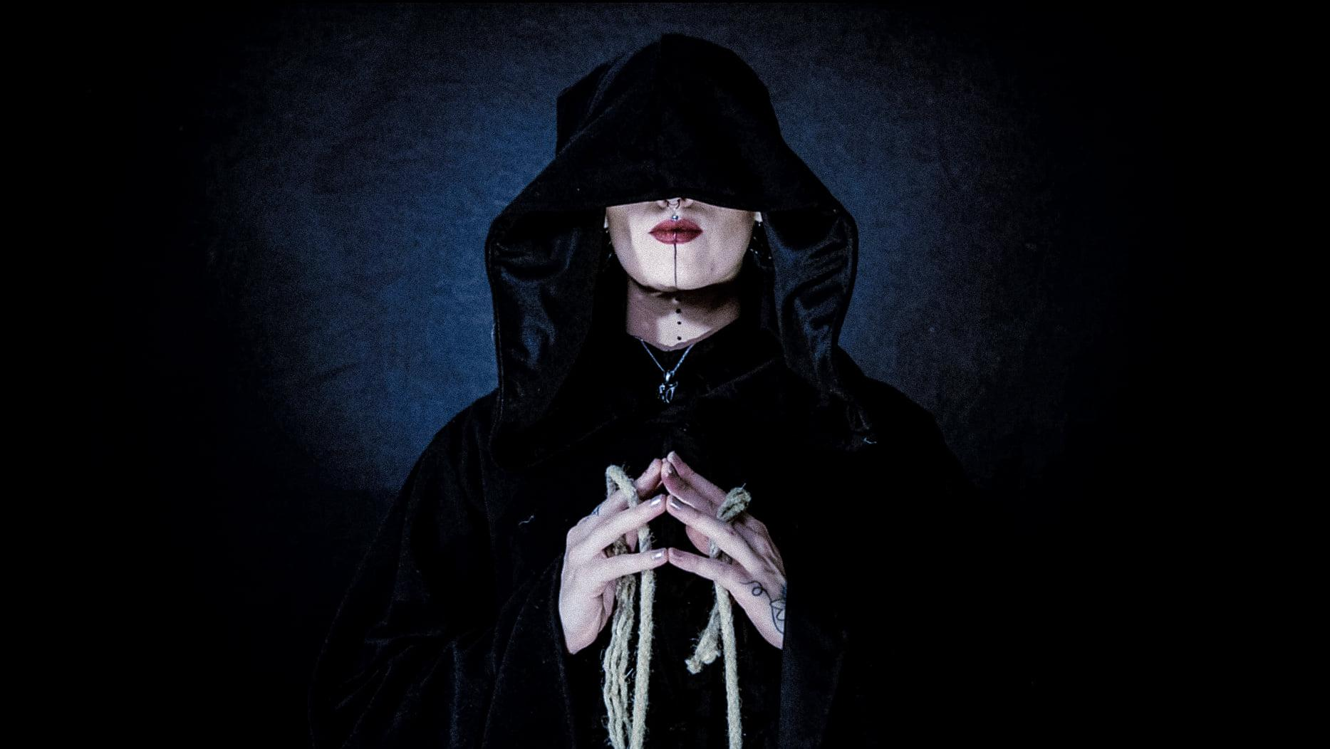 SERAINA TELLI : UNE COVER et UN EP de DEAD VENUS