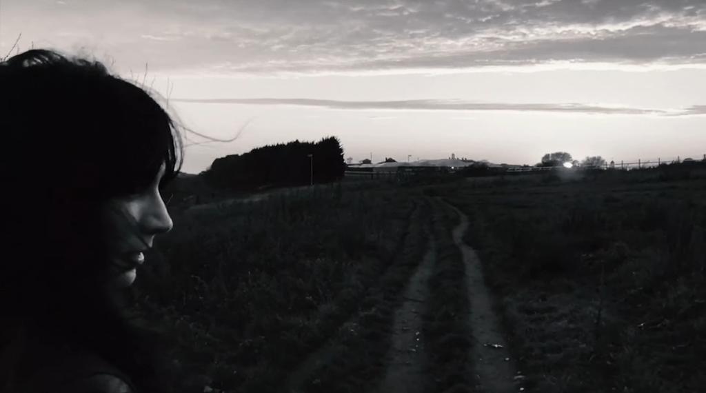 DARK ROCK : Nouveau clip pour Suzie Stapleton